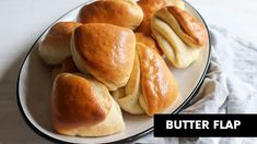 Guyanese Butterflap is a buttery layered bread that's great for breakfast. Butterflap also called Cocobread is easy so you can make it at home. Mandazi Recipe, Bread Recipes, Baking Recipes, Yummy Recipes, Guyanese Recipes, Guyanese Bread Recipe, Caribbean Recipes, Caribbean Food, Butter