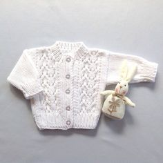Baby knit cardigan - 0 to 6 months - Baby shower gift - White baby sweater 0905d03e436