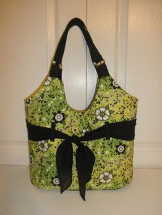 green floral purse by sewinit2atee on Etsy, $40.00