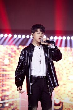 So Junghwan ✧ Golden Treasure, Hyun Suk, King Baby, Treasure Boxes, Celebs, Celebrities, Korean Boy Bands, Beautiful Boys, Stage