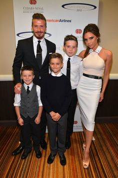 Pin for Later: Victoria Beckham Has Her Red Carpet Pose, and She's Sticking to It May 2012