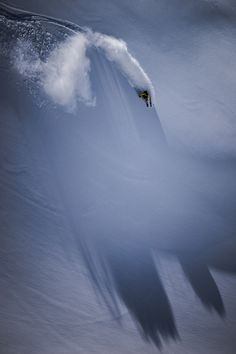 Skiing, Snowboarding and other Winter Sports - Photos by Christoph Oberschneider Ski Freeride, Snowboarding Photography, Extreme Photography, Snow Pictures, Ski Touring, Snow Skiing, Alpine Skiing, Tours, Freestyle