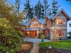 Elegant West Coast Contemporary Home Design - Victoria, British ...