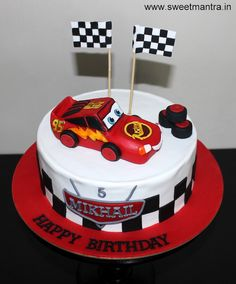 Disney Pixar Cars Lightning McQueen theme customized designer fondant birthday cake with Mcqueen topper for boy at Kothrud, Pune. Everything is eggless and edible. Mcqueen is handmade out of sugar paste. Cartoon Birthday Cake, New Birthday Cake, Bithday Cake, Disney Cars Cake, Disney Pixar, Lightning Mcqueen Birthday Cake, Lightning Mcqueen Cake, Cake Delivery, Cars Birthday Parties