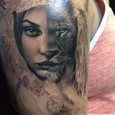 Rember Orellana (on fb) Side Thigh Tattoos, Forearm Tattoos, Body Art Tattoos, Girl Tattoos, Tatoos, Lioness Tattoo, Tattoos For Women Half Sleeve, Tattoo Now, Wolves
