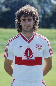 1987 wechselt er zum VfB Stuttgart. Foto: Baumann