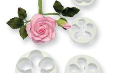 5 Petal Cutters Available in 7 sizes. Cake Decorating Equipment, Ice Tray, Cookie Cutters