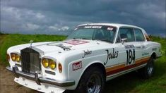 Rolls Royce Corniche I Coupe Jules PARIS-DAKAR. No point in being uncomfortable while you race. This made me laugh. Rolls Royce Silver Shadow, Rallye Paris Dakar, Rally Dakar, Rolls Royce Corniche, Toyota, Camper, Off Roaders, Rally Raid, Transporter
