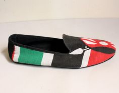 #AfricanShop #AfricanFlags #Kenya Flag house shoes (Patriot Collection) African Flags, Kenya Flag, African Shop, Toms, Beautiful, Collection, Fashion, Moda, Fashion Styles
