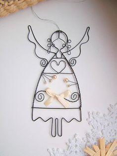 Dekorácie - anjel s perličkami a mašľou....vianoce - 5932334_