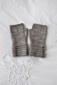 welted fingerless mitts by Churchmouse