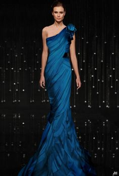 Evening gown, couture, evening dresses, formal and elegant JEAN FARES Blue Elegant Dresses, Pretty Dresses, Formal Dresses, Prom Dresses, Corset Dresses, Glamorous Dresses, Dresses 2016, Dress Prom, Party Dress