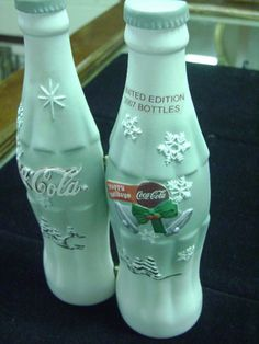 2007 Coca Cola Holliday Bottle LIMITED EDITION #974 of 2007