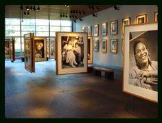 Exhibition of #Native #American portraits at the Mashantucket Pequot Museum by David #Neel, Kwakiutl.