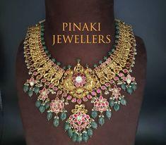 Indian Jewelry Earrings, Lotus Jewelry, India Jewelry, Bridal Jewelry, Gold Temple Jewellery, Gold Jewellery Design, Gold Jewelry, Beaded Jewelry, Gold Chain Design