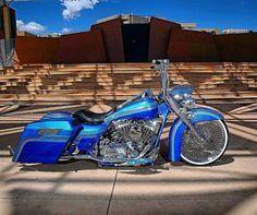 "Credit to : @lowridermagazine ===================== Follow & Tag ""HD Tourers and Baggers"" on Instagram Facebook Twitter & across the Web. ===================== #hdtourersandbaggers ===================== #instamotogallery #instamoto #motorcycles #harleydavidson #roadkingclassic #roadking #roadglide #streetglide #softail #showoffmyharley #harleysofinstagram #harleylife #bikelife #bikersofinstagra #bikestagram #harleyrider #harleyriders #customharley #throttlezone #harleydavidsonnation…"