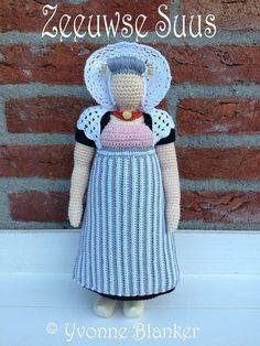 koop haakpatroon Diy Crochet, Crochet Dolls, Crochet Geek, Chrochet, Beautiful Crochet, Kids Toys, Tatting, Knitting Patterns, Diy And Crafts