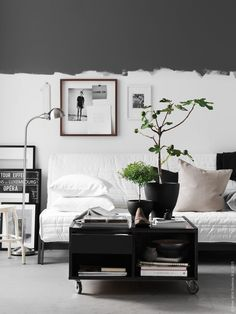 This detail will give a dreamy aesthetic to your small living room