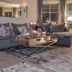 Living Room Designs, Living Room Decor, Sweet Home, Interior Decorating, Interior Design, Decorating Ideas, Decor Ideas, Lounge Decor, Classic Interior