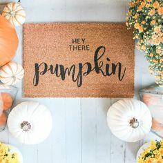 Hey There, Pumpkin Doormat #doormat #diyhomedecor #frontdoor