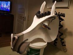 Horse headpiece made of foam. Design: Britt Kristensen, KarnevalsKoloritterne  #koloritterne