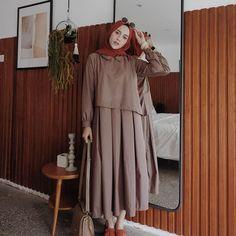 Latest Fashion Cape Style Abaya with Hijab Fashion – Girls Hijab Style & Hijab Fashion Ideas Abaya Fashion, Modest Fashion, Trendy Fashion, Fashion 2020, Girl Fashion, Fashion Cape, Fashion Ideas, Hijab Style, Casual Hijab Outfit