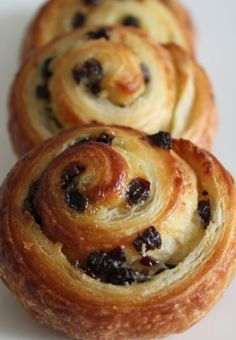 "Pains aux raisins - more happy childhood memories, from after school ""4 heures"" snacks"