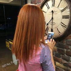 Bakır saç rengi, güzelliğinize güzellik katan, görünüşü ve enerji açısından size canlılık kazandıran muhteşem saç renklerinden biridir.. 💖💖💖 #bakir #bakirsac #renk #hair #copper #copperhair #izmir #kuaför #exclusivesalon #mdsaçtasarım #degisim #newhair #fashion #instafashion #longhair #hairoftheday #hairfashion #trend #izmirde #izmirdekuaför #tarz #pigmentasyon