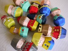Egg Carton Folk Ornaments Michele Made Me Egg Carton Art, Egg Carton Crafts, Egg Crafts, Paper Crafts, Egg Cartons, Easy Crafts For Kids, Diy Arts And Crafts, Projects For Kids, Art For Kids