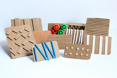 Make DIY Stamps with Cardboard & Textures (+ Spring Art Project) Make your own DIY stamps with various textures using cardboard and other materials from the recycling bin. Then print your new stamp! Be sure to try the bonus collage activity for kids! Cardboard Crafts, Fabric Crafts, Paper Crafts, Diy Crafts, Diy Projects With Cardboard, Foam Crafts, Diy Paper, Diy Stamps, Handmade Stamps