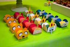 Candy Holders - adventure time party                                                                                                                                                                                 Mais