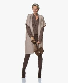 Kleding in de kleur taupe. | Style Consulting Duster Coat, Fall Winter, Taupe, My Style, Womens Fashion, Jackets, Outfits, Shopping, Needlework