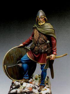 ¿Es un mito que los los Vikingos llevaban cuernos en los cascos?