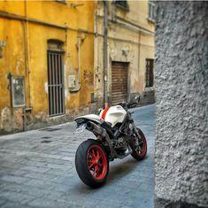 Ducati Desmo, Moto Ducati, Ducati 848, Ducati Cafe Racer, Cafe Racer Motorcycle, Ducati Monster 1100 Evo, Honda Vfr, Café Racers, Cool Motorcycles