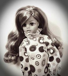 Susi Vintage Girls, Vintage Toys, Sissi, Cousins, My Childhood, Nostalgia, Barbie, High Neck Dress, 1