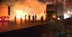 """WHY IS THE MEDIA CALLING RIOTERS IN CHARLOTTE """"PROTESTERS""""? They're not protesters, they're violent criminal thugs"""