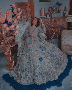 Desi Wedding Dresses, Asian Wedding Dress, Pakistani Formal Dresses, Party Wear Dresses, Indian Dresses, Indian Bridal Lehenga, Pakistani Bridal Dresses, Pakistani Dress Design, Pakistani Girl
