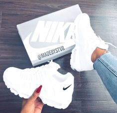 sneakers for men nike Moda Sneakers, Shoes Sneakers, Women's Shoes, Chunky Sneakers, Platform Shoes, Steve Madden Schuhe, Hype Shoes, Fresh Shoes, Fall Shoes