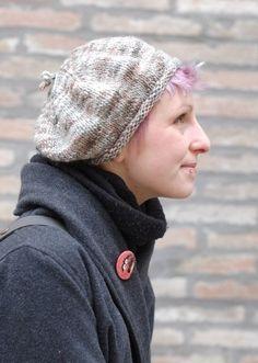 Woolly Wormhead - Rollin Beret - free Hat knitting pattern