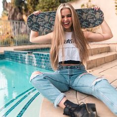 in which addison wants to send a snap to her best friend charli, but … Surfergirl Style, Skater Girl Outfits, Skate Girl, Foto Casual, Girl Fashion, Fashion Outfits, Brown Eyed Girls, Girl Celebrities, Famous Girls