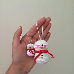 Crochet Snowman, Crochet Ornaments, Crochet Crafts, Crochet Yarn, Crochet Toys, Christmas Tree Ornaments, Crochet Projects, Christmas Crafts, Snowman Ornaments