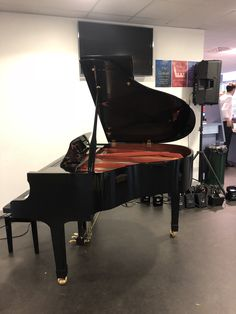 Wilh Steinmann Baby Grand piano from Chiltern Pianos, www.chilternpianos.co.uk