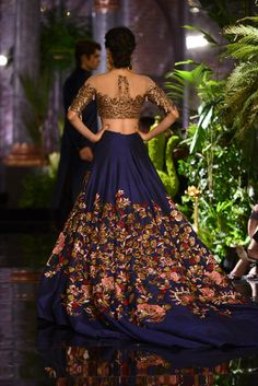 India Couture Week 2016 - Manish Malhotra #ICW2016 #ManishMalhotra #ThePersianStory #DeepikaPadukone #FawadKhan