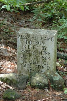 Grave of Union soldier, Unicoi, Georgia Cemetery Headstones, Old Cemeteries, Cemetery Art, Graveyards, Graveyard Girl, Unusual Headstones, Titanic Artifacts, Gardens Of Stone, War Memorials