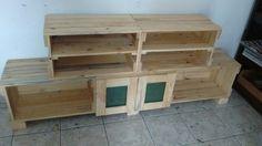 Rack de caixotes #pallets #oitomaosatelier #moveis de pallet #fazemos do seu jeito oitomaos@oitomaosatelier.com.br