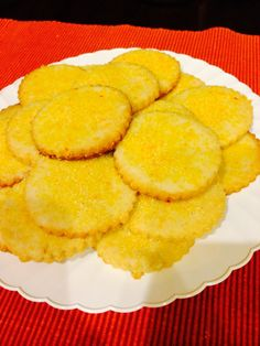 I had a craving for something sweet and lemony and found this delicious recipe from Carolyn Ketchum. They were a big hit in my family. Makes about 40 2-inch cookies or about 28-30 medium-sized co...