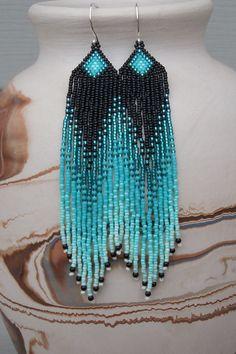 Lange Seed Perlen Ohrringe Perlen Türkis von CreationsbyWhiteWolf