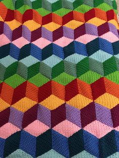 Ravelry: Rainbow Vasarely pattern by Laura Boudjerda