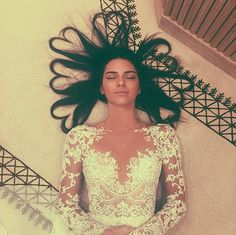 Kendall Jenner Rocks Heart Hair and Gorgeous Dress in Stunning New Photo | Cambio