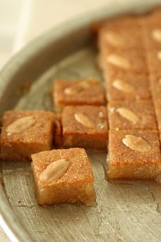 Recipes and descriptions of Arabic pastries and sweets